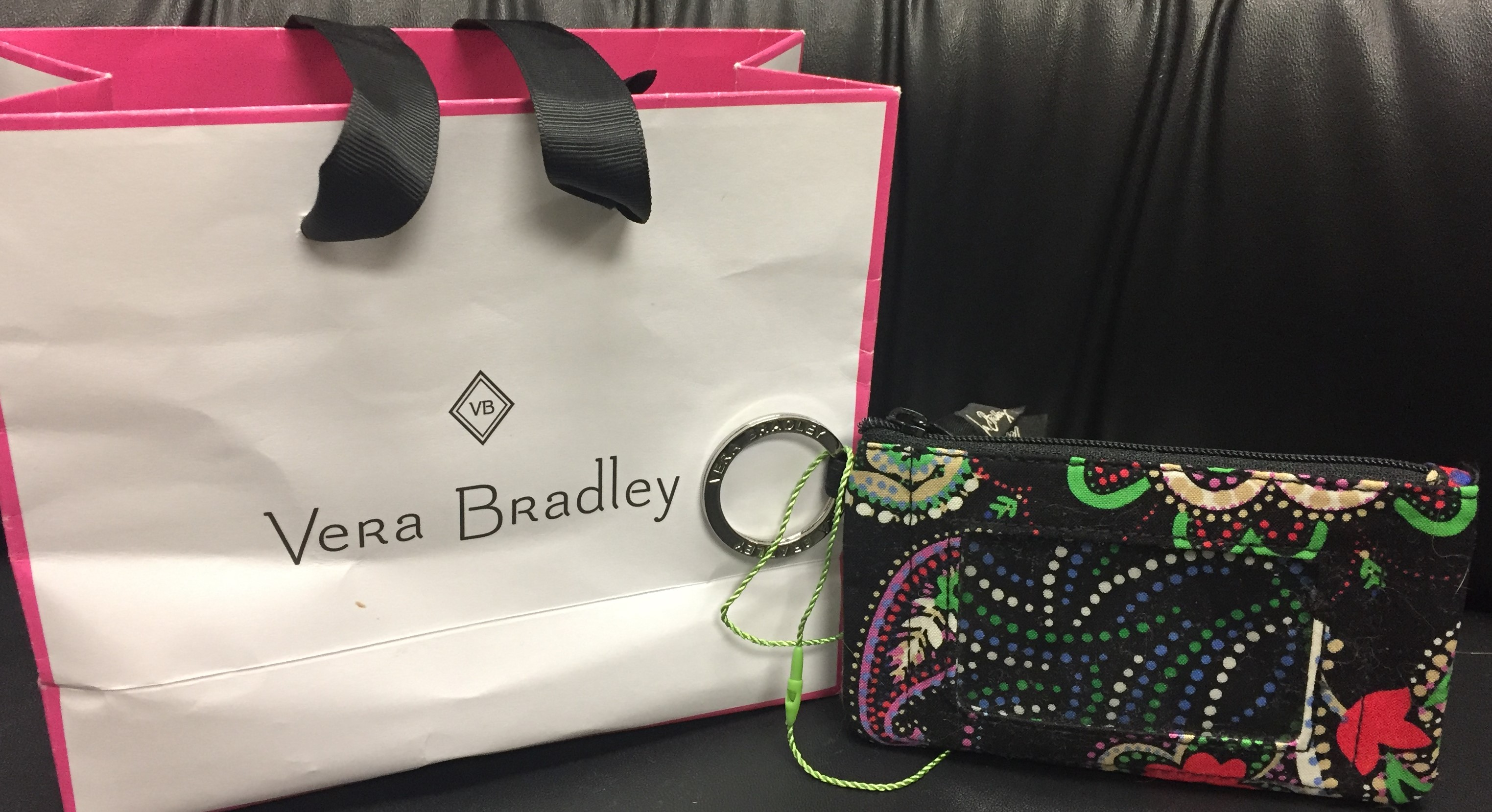 5752e30d5d1 S614: Vera Bradley Iconic Zip ID